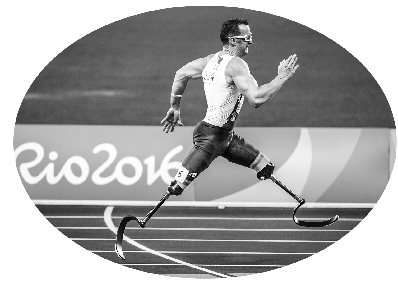 Athlete with prosthetic legs running at Paralympic Games in Rio 2016 - enhance performance with Tendo Sport products